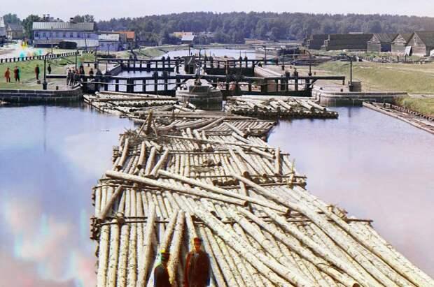 В апреле 1719 гола началось строительство Ладожского (позднее Петровский и Староладожский) канала.