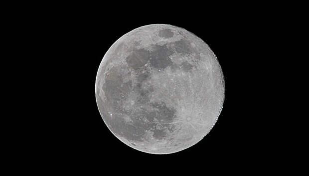Самую большую Луну года смогут наблюдать жители Московского региона в ночь на 19 февраля