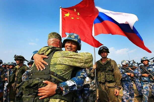 Минобороны Китая заявило о расширении военного сотрудничества с Россией