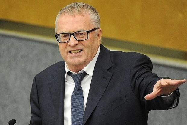 Жириновский предложил освобождать от ареста или штрафа за вакцинацию от коронавируса