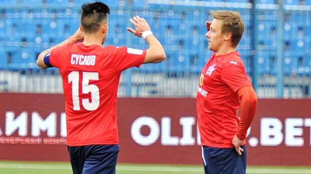 Шикарный гол из ФНЛ: форвард «СКА-Хабаровск» обыграл двоих и уложил мяч в сетку от перекладины