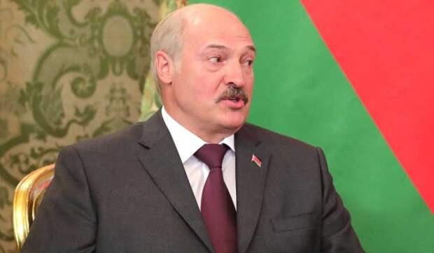 Политолог Ищенко назвал единственный выход для обреченного Лукашенко: Россия-матушка ждет