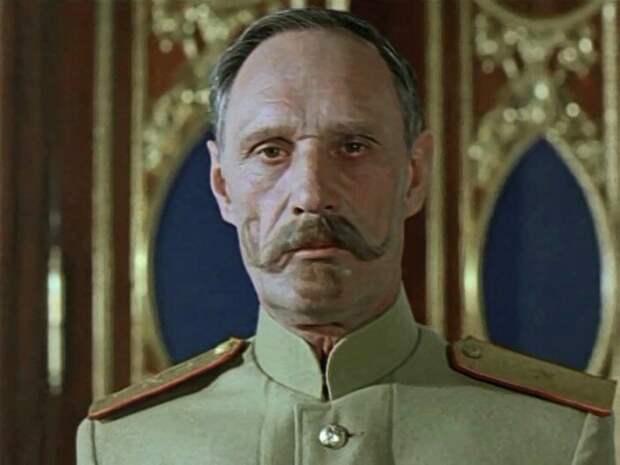 «Говорят, царь - ненастоящий!» Подлинный король эпизода Виктор Шульгин