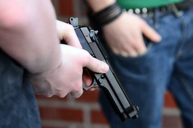 Эксперт ВОЗ рассказал, спасет ли «налог наубийство» от школьных стрелков