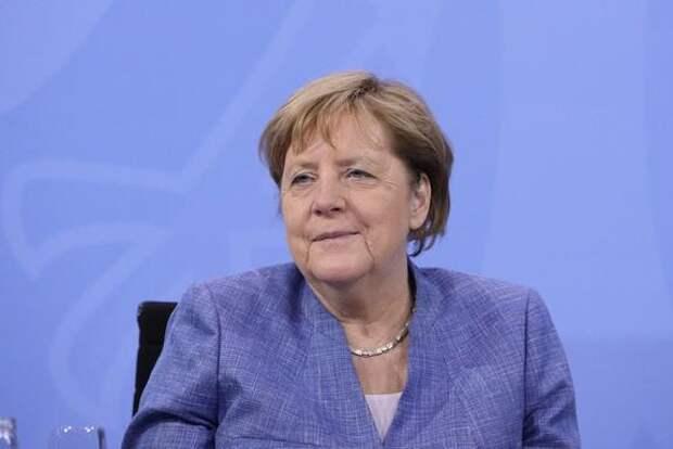 Handelsblatt: Меркель посетит США для урегулирования спора по «Северному потоку – 2»