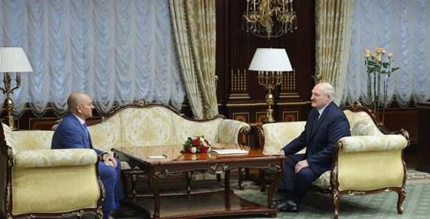 Лукашенко: Путин невиноват вситуации вокруг Донбасса