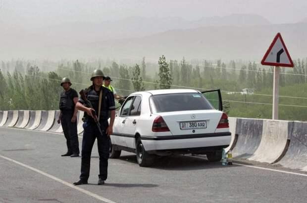 Бишкек и Душанбе договорились активизировать описание границы