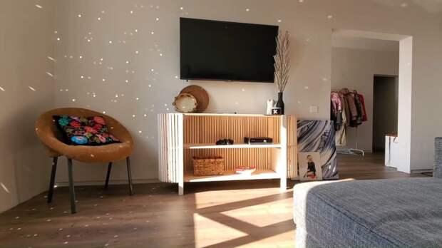 Крутая мебель за недорого: шикарная консоль из реек