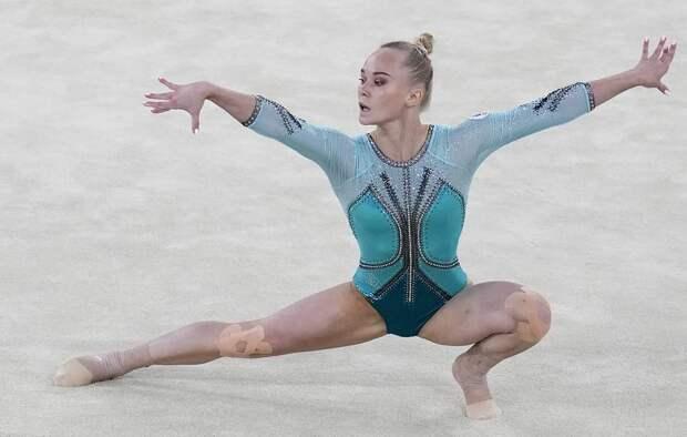 Бронза после золота.  Ангелина Мельникова стала третьей в вольных упражнениях на Играх в Токио