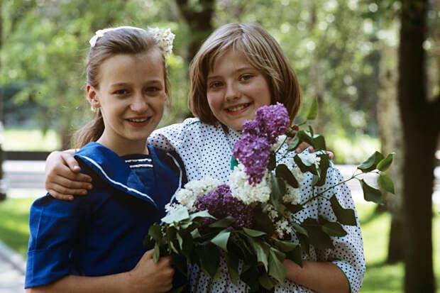 Как девочка Катя Лычева встретилась с Рейганом и пыталась помирить СССР и США