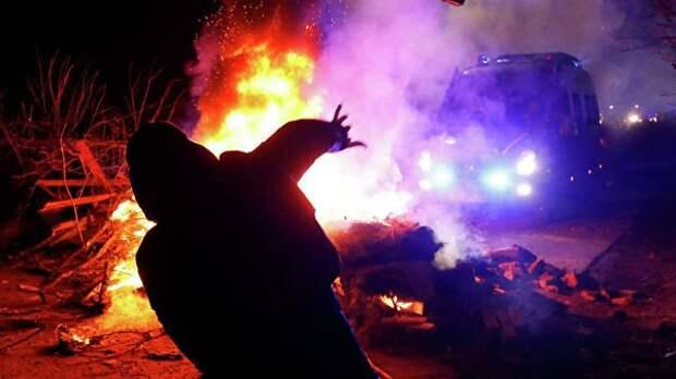 «Мыкола, бери вилы и покрышки»: на Украине грядет новый «Майдан»?