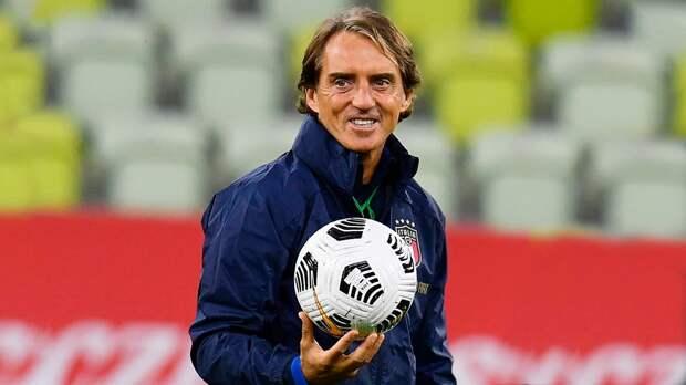 Официально: Манчини продлил контракт со сборной Италии до 2026 года
