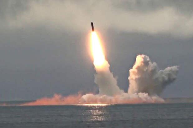 Разбомбить Воронеж: Российские подлодки могут стрелять ракетой «Булава» только с запада на восток