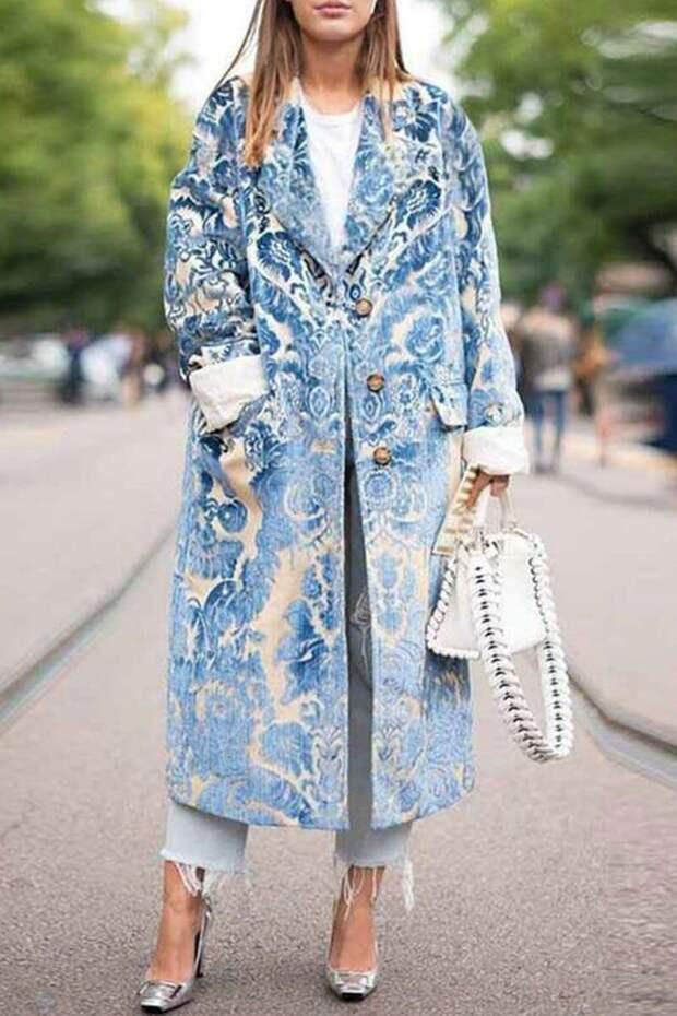 Глаз не отвести: 10 необычных пальто на осень