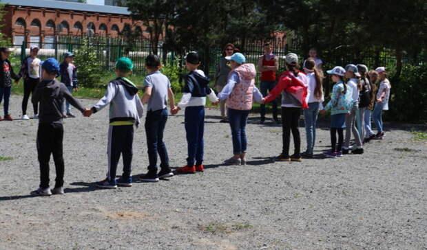В 932 детских лагерях Оренбуржья стартовала первая смена