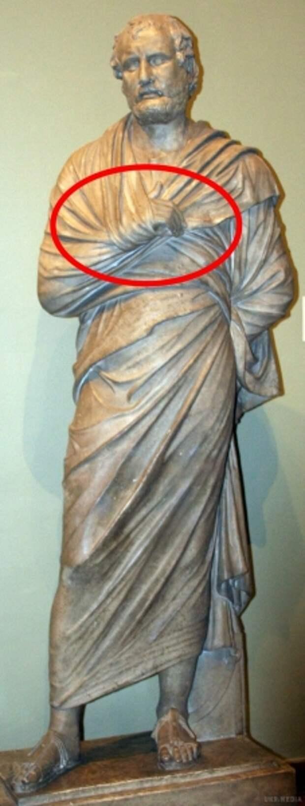 """Что означает жест """"Скрытая рука""""?"""
