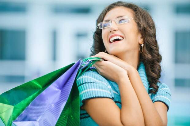 Взял заначку жены и поехал в торговый центр прикупить себе новой одежды
