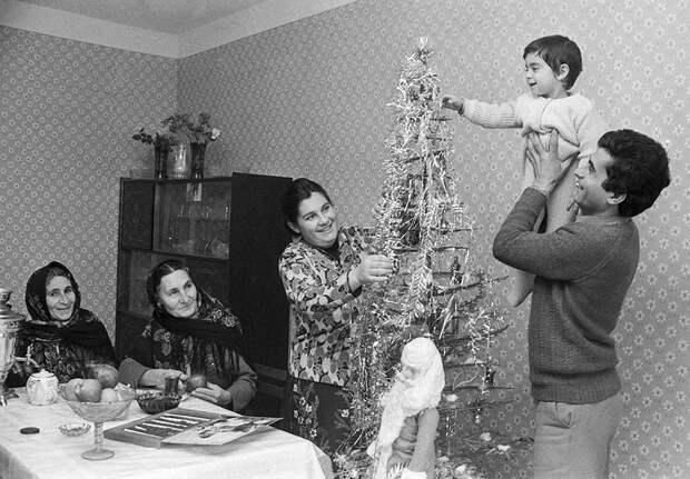 Новый год был самым любимым праздником, пожалуй в каждой советской семье Фото: фотохроника ТАСС.