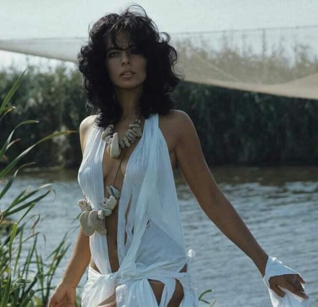 Красотка из 60-х Марилу Толо
