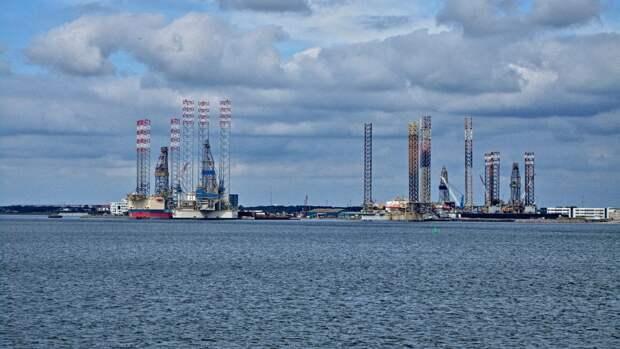 Агентство Fitch ожидает падения цен на нефть