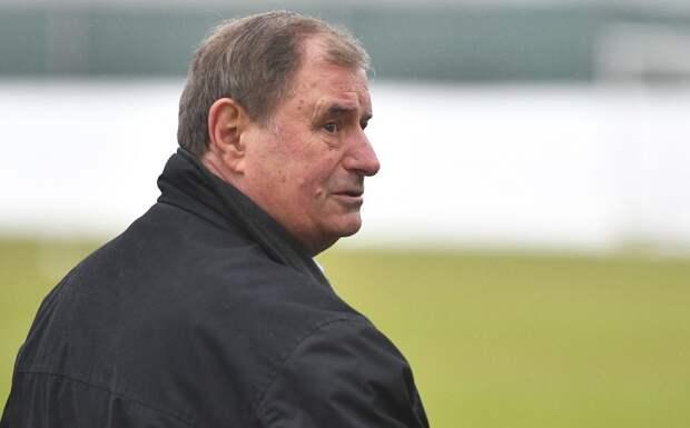 ВШотландии перепутали тренера сборной России. Местный таблоид считает, что еетренирует Бышовец