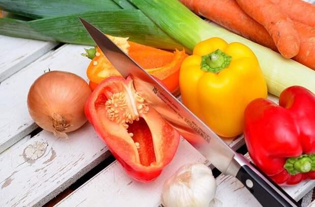 Точим кухонные ножи до поварской остроты: советы кузнеца-ножедела