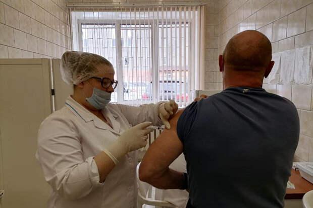 Ставить ли второй компонент вакцины, если переболел коронавирусом после первой прививки