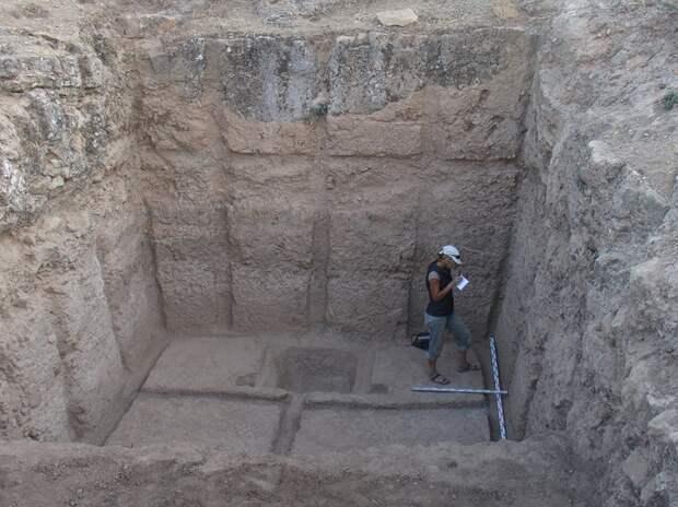 «Великая Бактрийская стена»: кто построил крепость Узундара, кого она охраняла и как она пала