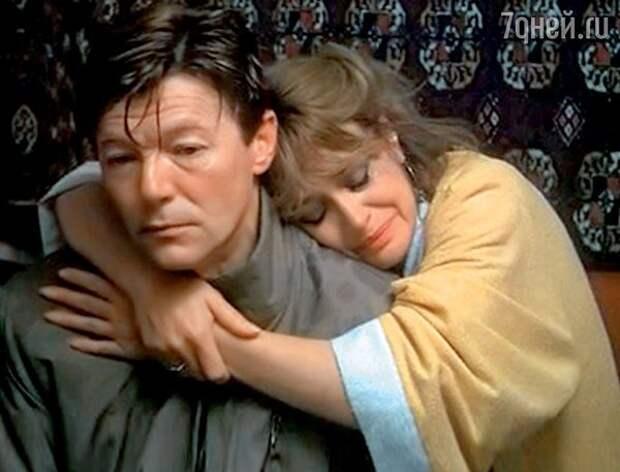 """кадр из фильма """"Ты у меня одна"""""""