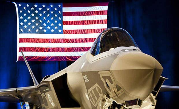 Эксперты предупреждают: F-35 рискует отстать от Китая и России (Bloomberg, США)