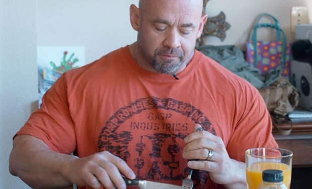 Замена хлебу: тренер показал еду для сброса жира и роста мышц