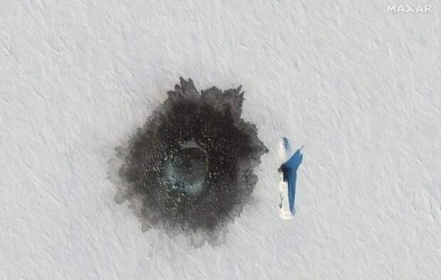 СМИ: В Арктике всплыли не три, а пять подлодок, одна из которых запустила МБР