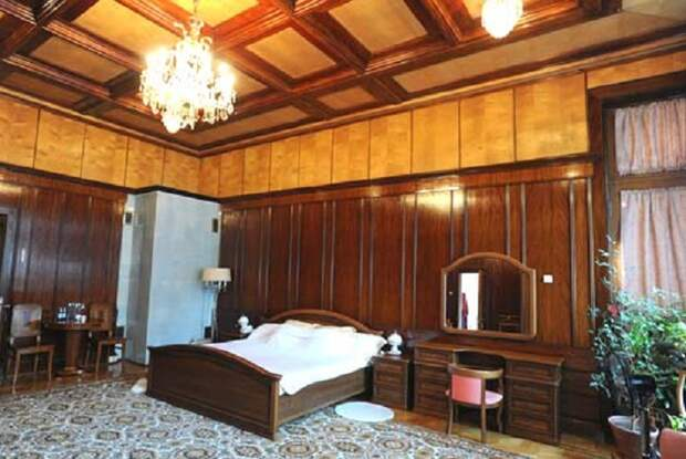Одна из спален Великого вождя («Новая Мацеста», Сочи). | Фото: diletant.media.
