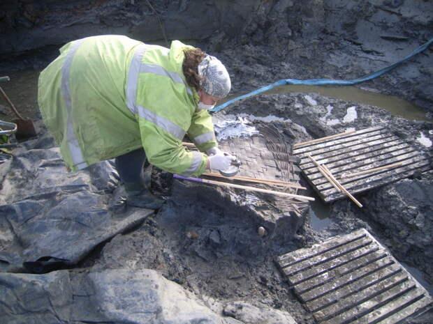 Археологи из Великобритании. \ Фото: google.com.