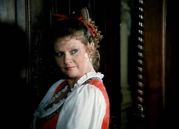 Кадр из фильма *Тартюф*, 1992 | Фото: kino-teatr.ru