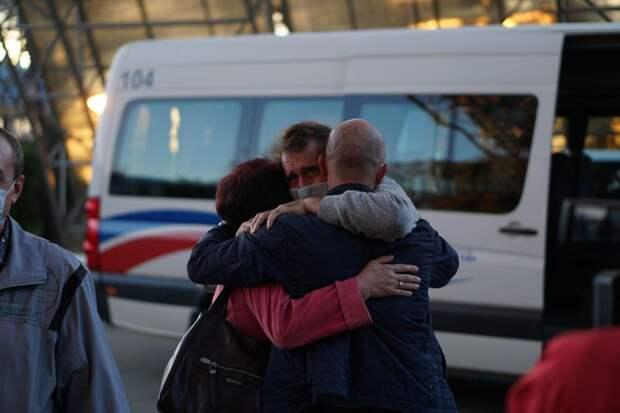 """""""Там сумасшествие творится! Нас каждый день выводили на расстрел"""": Освобождённые крымчане рассказали про плен и пиратов"""