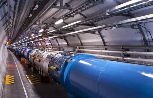 Технологическое достижение: большой адронный коллайдер.
