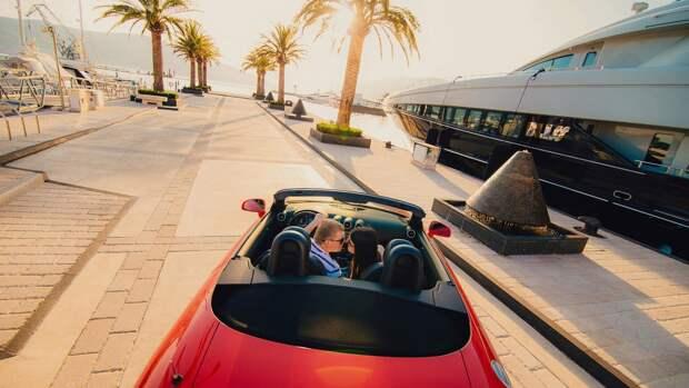 Композитор Ханс Циммер создал звук мотора для нового электрокара от BMW