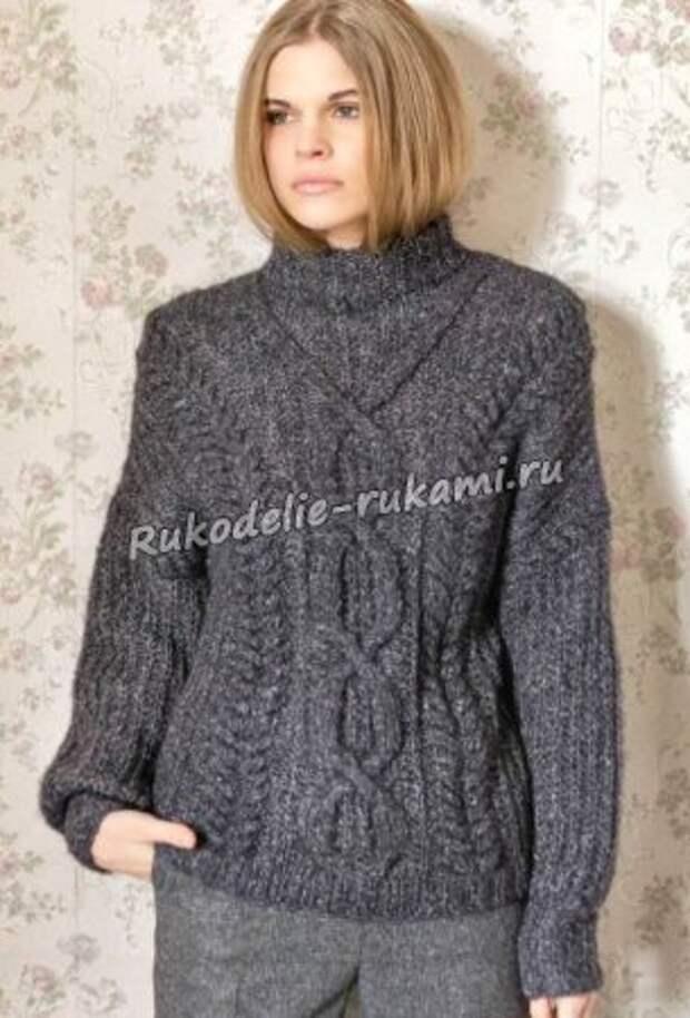Пуловер с ромбами и косами спицами