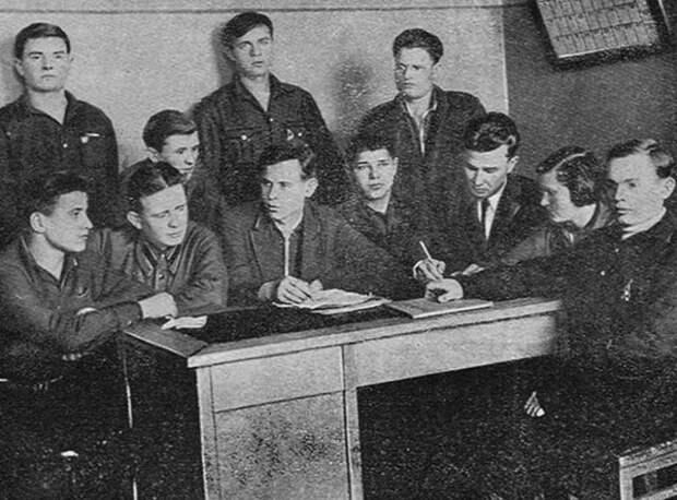 Помощь трудовому народу: социальная защита населения в первые годы советской власти