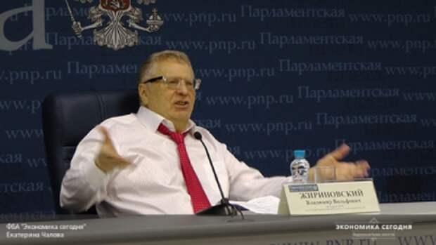 """Жириновский шокировал общественность мнением о """"Ельцин центре"""" больше Михалкова"""