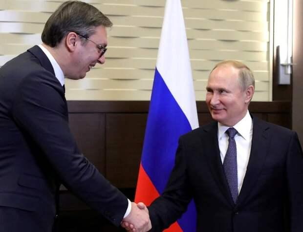 Извиняться за пошлый пост Захаровой о президенте Сербии пришлось и Лаврову, и Путину