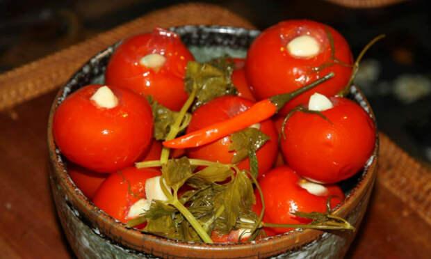 Помидоры зимой не покупаем: густой домашний томат про запас