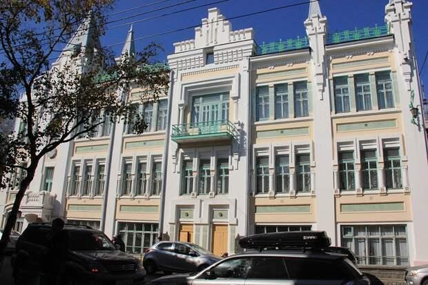10 самых красивых зданий Владивостока (ФОТО)