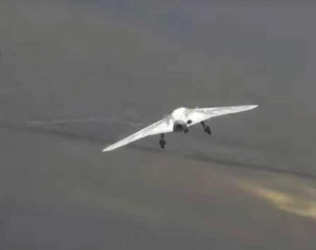 Тяжёлый российский БПЛА «Охотник» отправляют для испытаний в Сирию