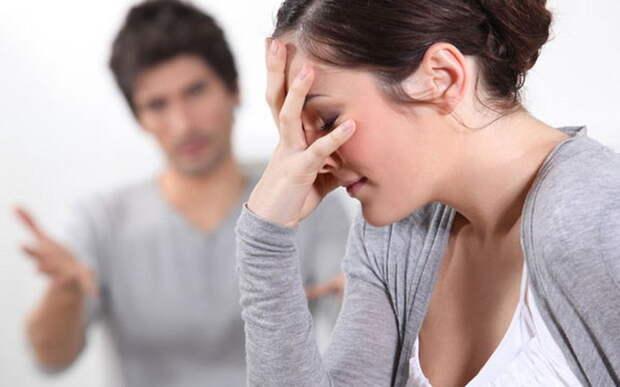 """""""Почему мой муж говорит, что я толстая?"""": откуда берутся мужские нападки на внешность жены"""