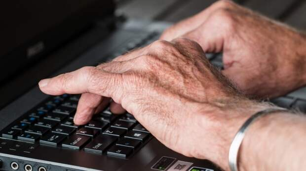 Мировые продажи ноутбуков выросли на 81% с начала 2021 года