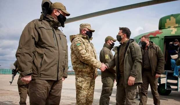 Поездку Зеленского в Донбасс оценили: Превращается в политика войны