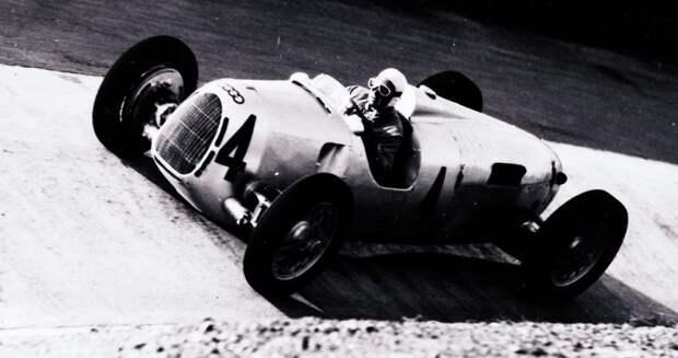Единственным, кто мог справиться с могучими заднемоторными Auto Union 30-х годов (на фото – Type C), считали Бернда Розмайера. авто, автогонки, автоистория, автомир, автомобили, автоспорт, гонки, формула 1