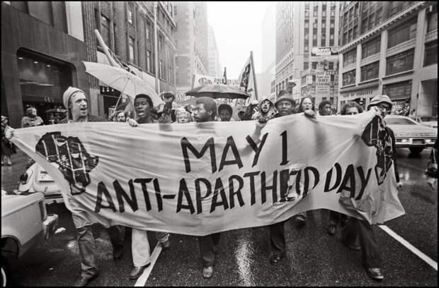 ЮАР после апартеида: Почему роскошные небоскребы превратились в гетто, а на красный свет лучше не останавливаться